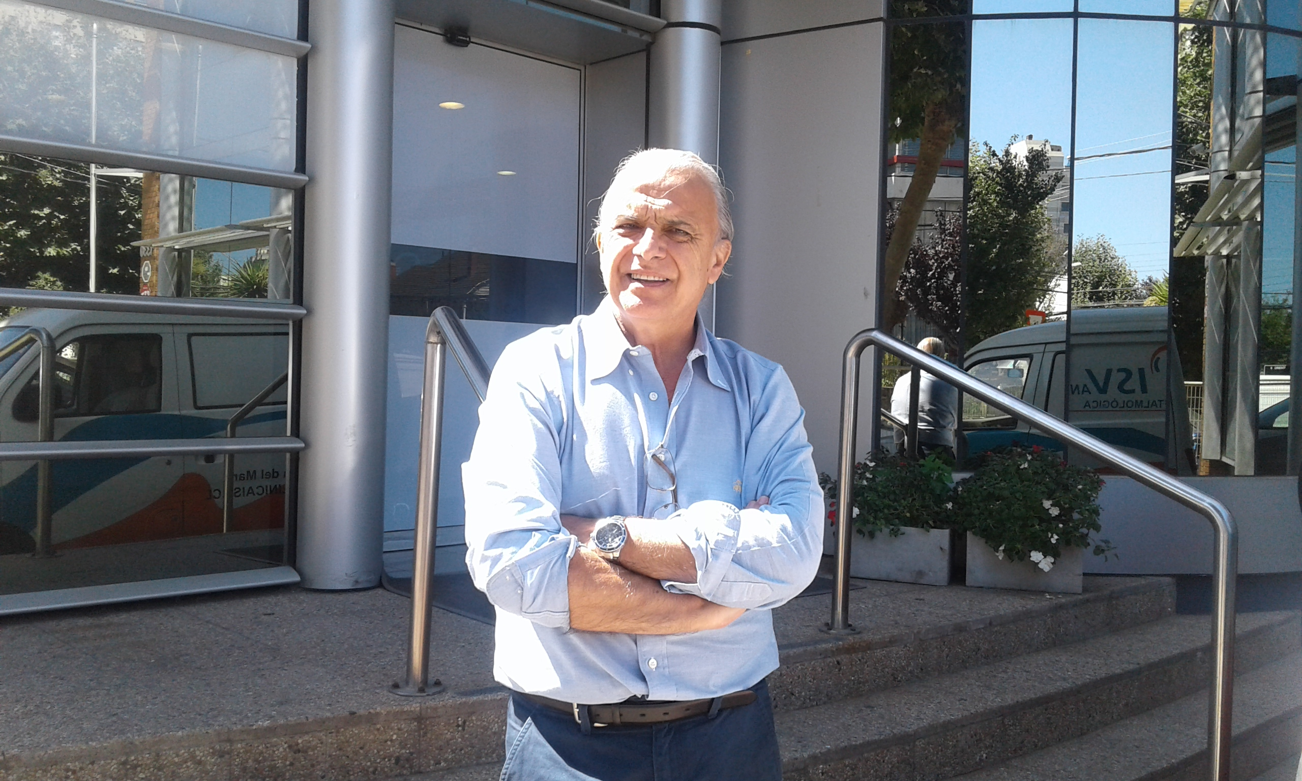 Dr. Héctor René Sanhueza Alegría